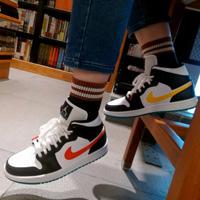AIR Jordan AJ 1 Mid 鸳鸯红黄彩钩篮球鞋女鞋